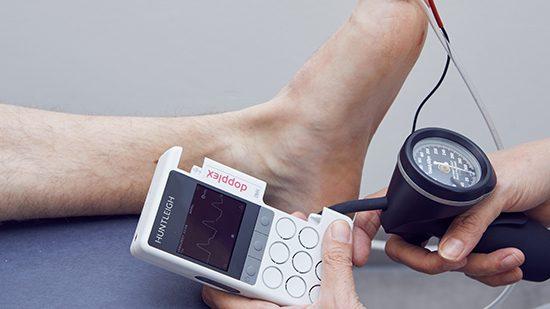 Diabetes Pulsaties Voet onderzoek met Doppler